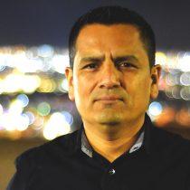 Destacado profesor y escritor ariqueño deambula por las geografías culturales, políticas e ideológicas de Chile