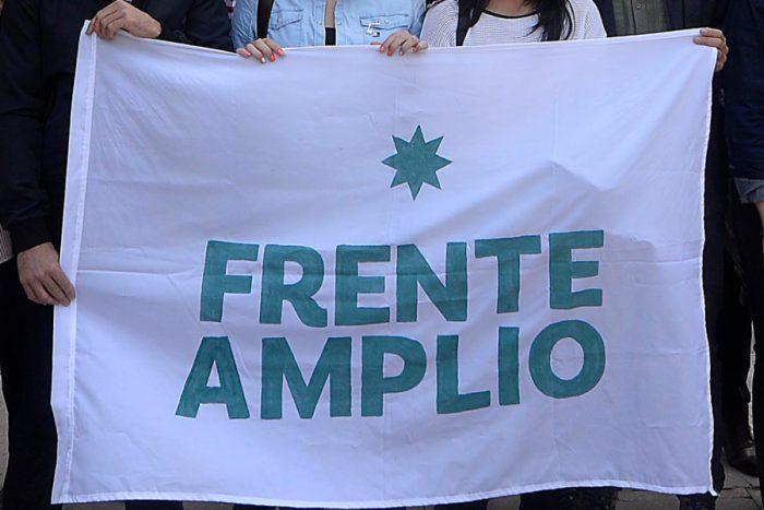 """Frente Amplio ahora se abre a primarias con el resto de la oposición, pero exige """"mínimos programáticos y éticos"""""""
