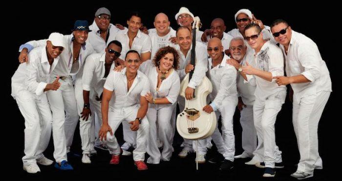 Concierto de Inti-Illimani Histórico y Los Van Van de Cuba en Olmué