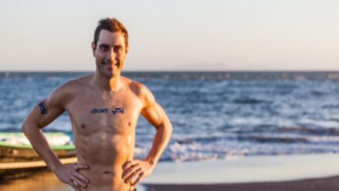 El empresario de éxito que marca récords nadando entre tiburones