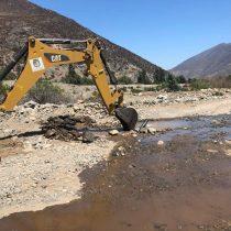 La guerra del agua en Petorca: alcalde y agricultores se enfrentan por desmantelamiento de tuberías