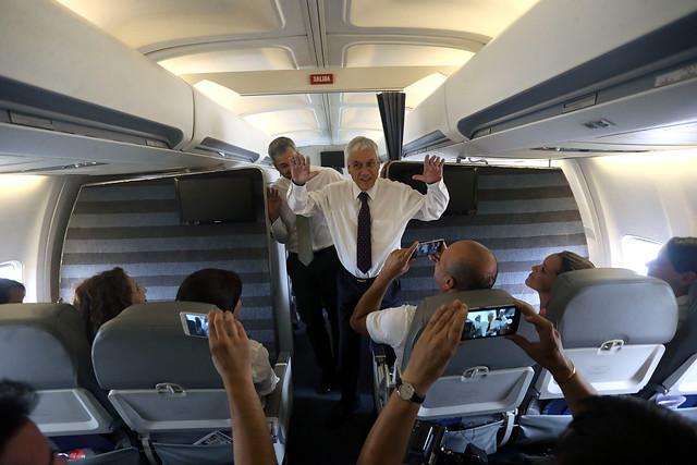 Entre el fuego en Aysén y la agenda venezolana en Cúcuta, Piñera se la juega por Cúcuta y oposición arremete en su contra