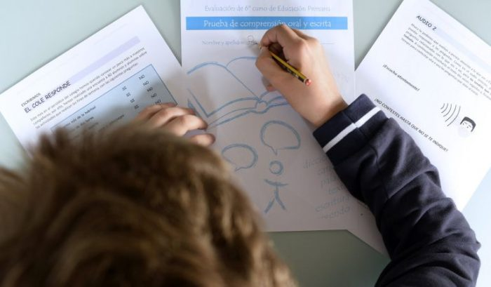 Evaluaciones cualitativas vs. calificaciones en la educación