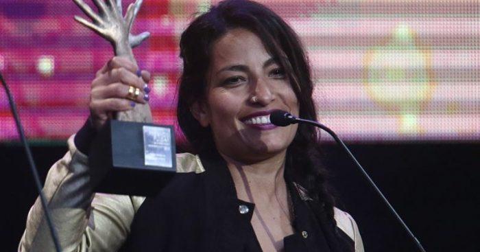 """Unión Nacional de Artistas apoya a Ana Tijoux y critica """"tradición"""" de pedir actuaciones gratuitas"""