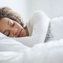¿Es bueno intentar recuperar durante el fin de semana el sueño perdido en la semana?