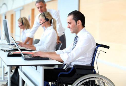 Servicio que busca ayudar al 17% de empresas que aún no cumplen con Ley de Inclusión Laboral