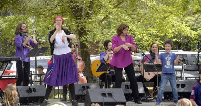 Concierto gratuito de Mazapán en Plaza Turquía, Vitacura
