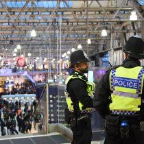 Investigan tres paquetes con explosivos detectados en Londres