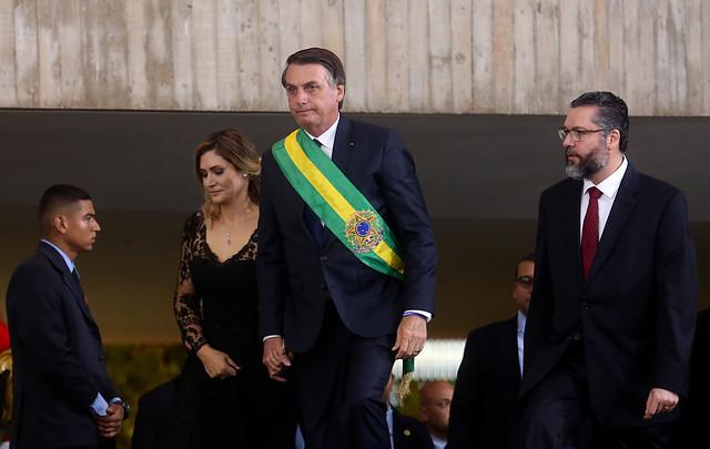 Visita de Bolsonaro tensiona clima político ante aumento de ausencias al almuerzo en su honor