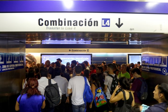 Falla en línea 4 del Metro obliga a suspender servicio entre Tobalaba y Quilín