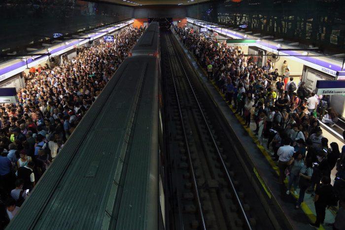 Metro de Santiago informa que el servicio en la Línea 4 ya fue restablecido