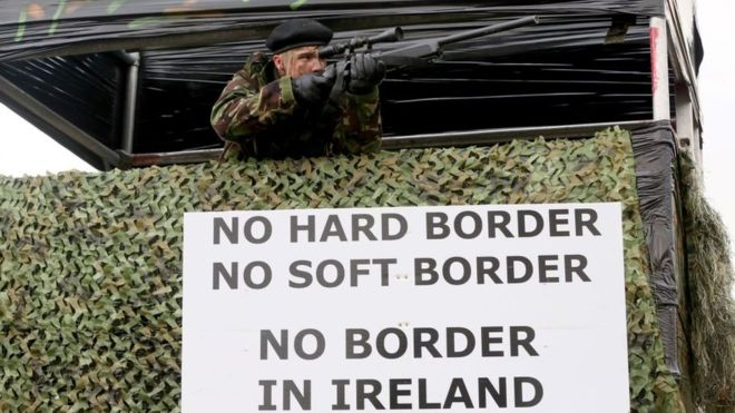 Brexit: qué es el backstop o salvaguarda irlandesa, la polémica política sobre las fronteras de Irlanda que se convirtió en el principal obstáculo para la salida de Reino Unido de la UE