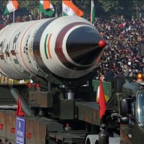 """India y Pakistán: un """"polvorín"""" nuclear con consecuencias globales y multidimensionales"""