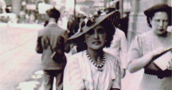 """Libro digital """"Mujeres en Santiago. Imágenes y Testimonios"""": un retrato de la ciudadanas de la capital"""
