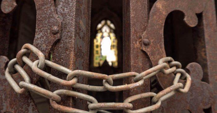 Cementerios N°1 y N°2 de Valparaíso: una mixtura entre nobleza, destrucción y olvido