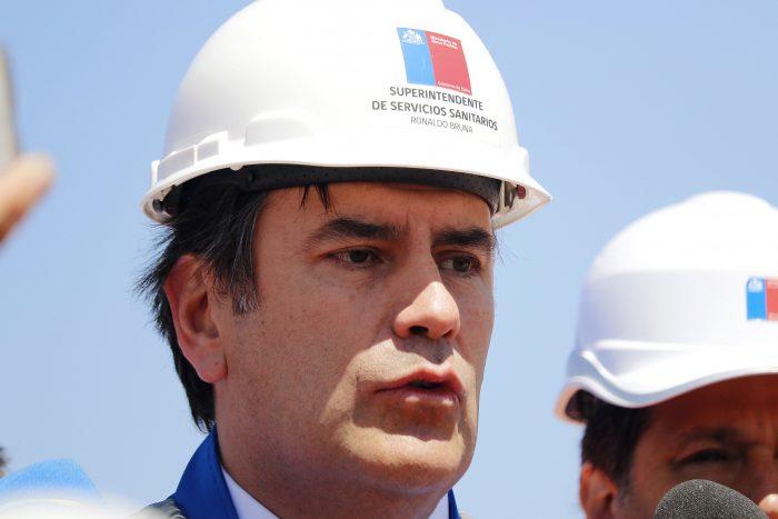 Chile Vamos en picada contra superintendente de Servicios Sanitarios: