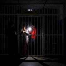 Venezuela: apagón obliga a suspender clases y jornada laboral