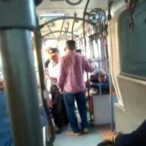 Sujetos que agredieron a joven homosexual al interior de un bus de Transantiago quedaron con prisión preventiva