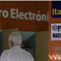 Por qué el servicio al cliente de los bancos en Chile y Argentina es tan diferente (y qué revela de sus economías)