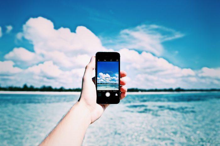 Las mejores apps y funciones para organizar tus viajes desde el celular