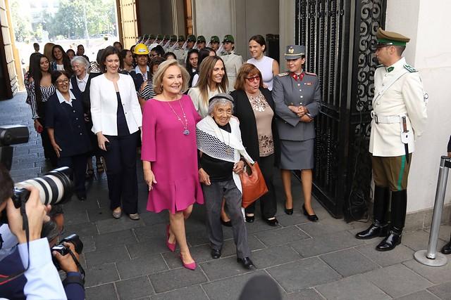 Con Cecilia Morel como protagonista y un check list de Piñera, el Gobierno conmemoró el Día de la Mujer