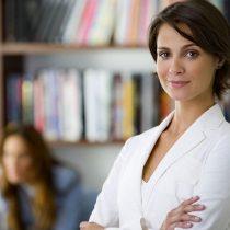 Mercado laboral: ¿Por qué las mujeres permanecen más tiempo en sus cargos que los hombres?