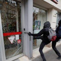 Saqueos y disturbios marcan nuevas protestas de los