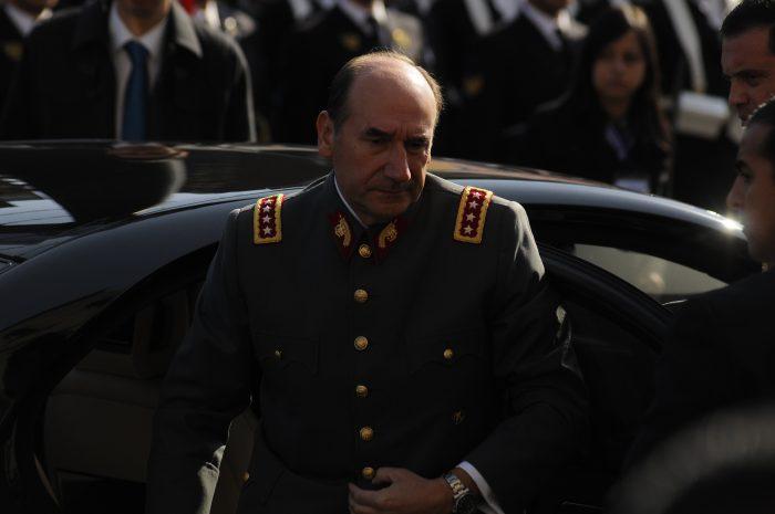 Ahora por lavado de dinero: Fiscalía solicitó audiencia para formalizar al general (r) Juan Miguel Fuente-Alba