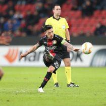 Charles Aránguiz sigue con su buen momento y anota nuevamente un golazo para el Bayer Leverkusen