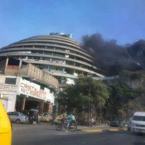 Registran incendio en El Helicoide, sede del servicio de inteligencia venezolano