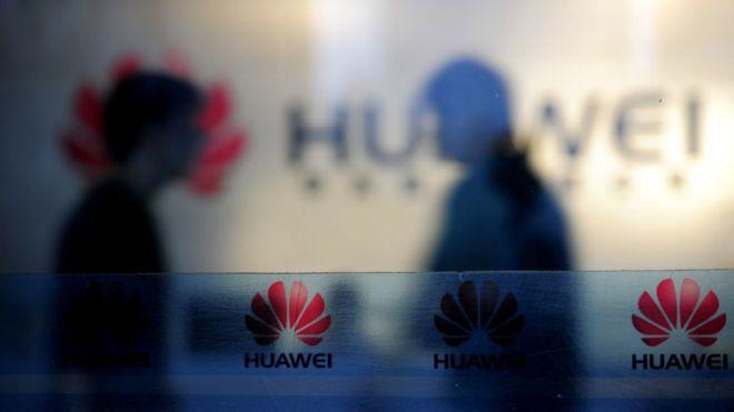Cómo Huawei, la empresa china que demanda a EE.UU., se convirtió en una de las compañías tecnológicas más controvertidas del mundo
