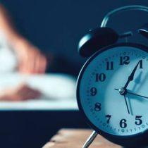 Cada vez son más las personas que padecen insomnio en Chile