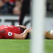 Alexis Sánchez se lesiona en agónica victoria del Manchester United