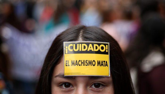 Violencia intrafamiliar se dispara durante la cuarentena: 70% más de llamadas en el fono orientación del Ministerio de la Mujer