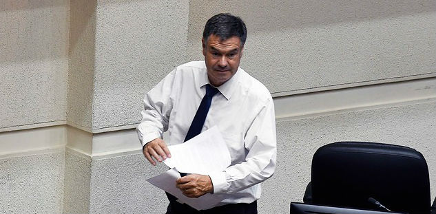 """Ossandón advierte a Piñera: """"Hoy la gente no siente que hay tiempos mejores"""""""