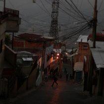 Maduro anuncia racionamiento eléctrico y protestas en Venezuela