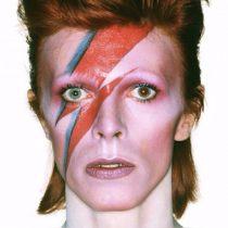 """Sale a subasta la primera grabación del clásico de Bowie """"Starman"""""""