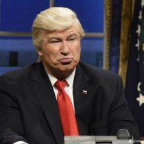 """Trump plantea ahora que se """"investigue"""" a los humoristas críticos"""