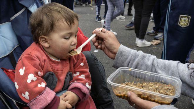Pobreza en Argentina: por qué cada vez es más difícil sobrevivir en el país sudamericano