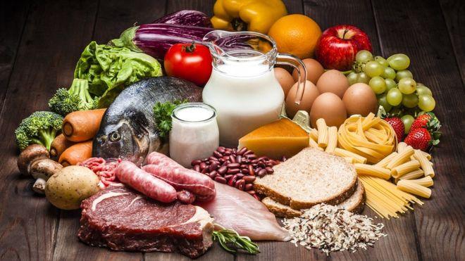 Cuáles son los 9 aminoácidos esenciales que tenemos que buscar en los alimentos (y dónde encontrarlos)