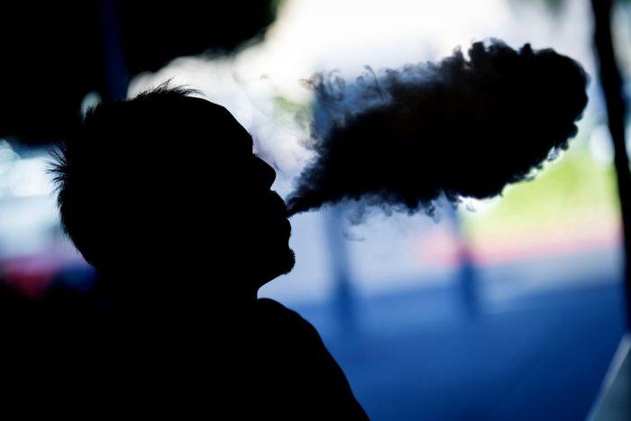 Analizan riesgo de infartos ligado a cigarrillos electrónicos