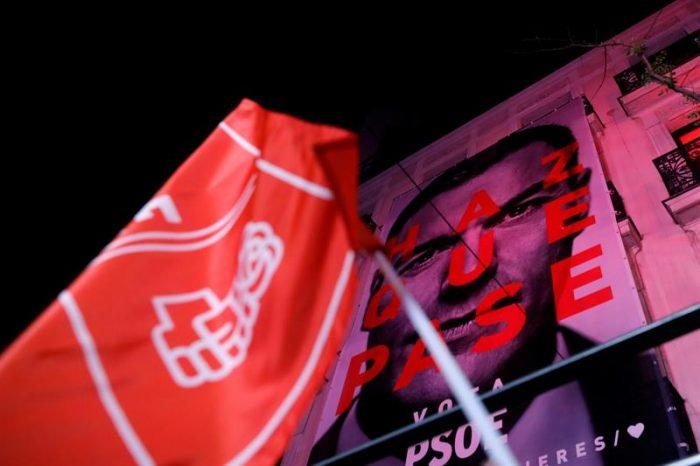 Elecciones en España: los socialistas obtienen la victoria con Pedro Sánchez pero deberán pactar para gobernar