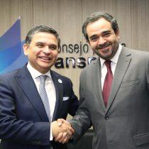 CPLT y Senado suscriben convenio de colaboración para implementar estándares de transparencia