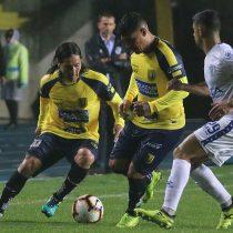 Copa Libertadores: Universidad de Concepción resiste todo el partido con un jugador menos y logra empate ante Godoy Cruz