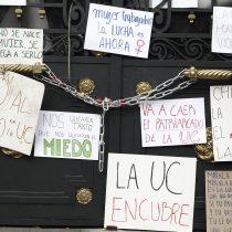Otra vez la PUC: estudiantes del Instituto de Estética critican sanción insuficiente contra docente acusado de violencia sexual