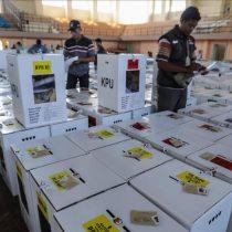 Las maratonianas elecciones de Indonesia dejaron casi 300 muertos por fatiga