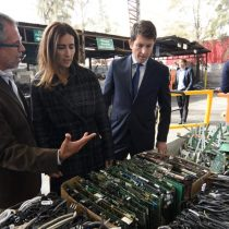 """Ministra de Medio Ambiente: """"Cada chileno produce 11 kilos de basura electrónica al año"""""""