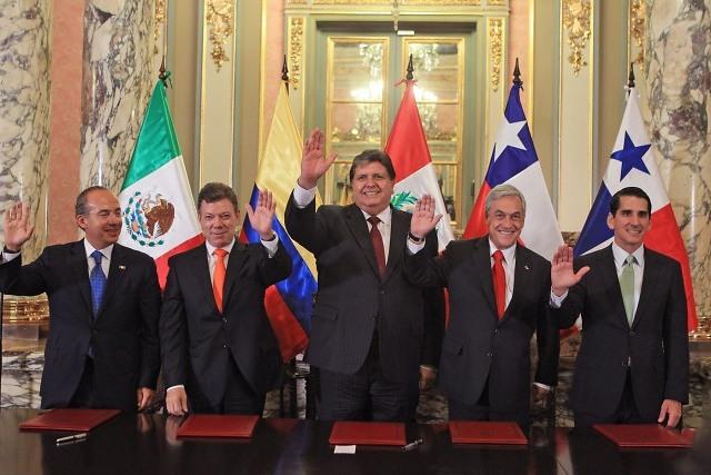 Mandatarios y líderes latinoamericanos lamentan muerte de Alan García