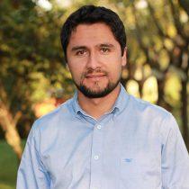 Alcalde de Colbún es detenido por no pago de millonaria deuda a profesores: prefiere irse preso que