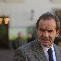 Allamand leyó otra CEP: senador RN se olvida del 6% de Piñera y destaca